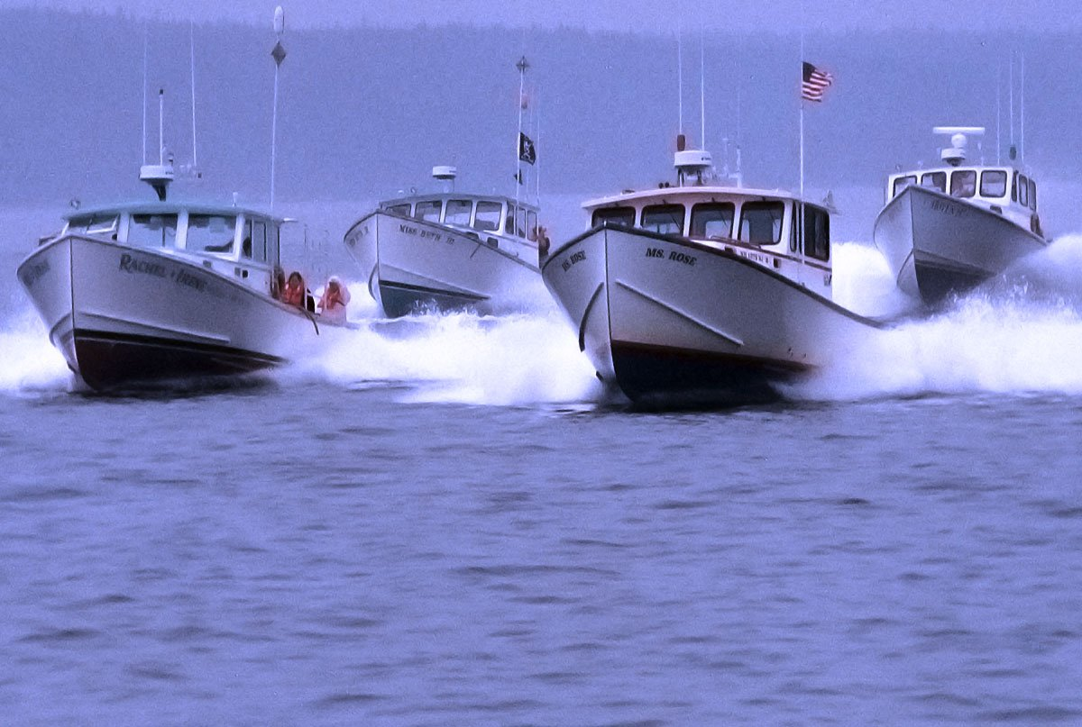 Lobster Boat Racing in Maine