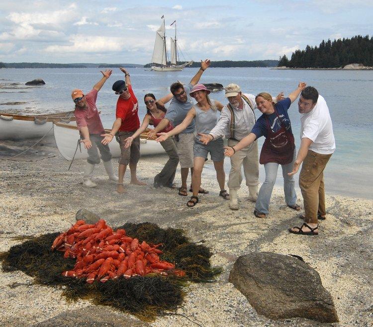 lobster-bake-schooner-heritage