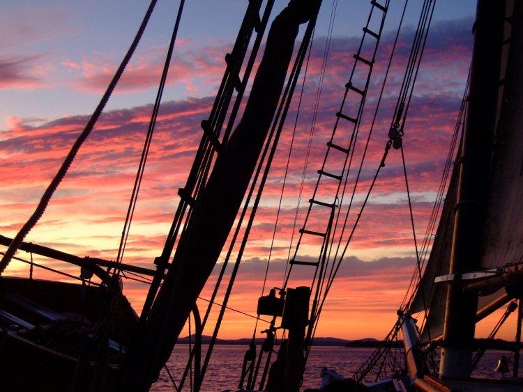 sunset-anna-davidson