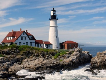 Road Trip: Exploring Lighthouses in Maine