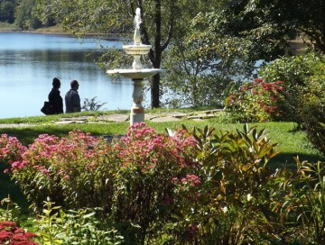 Maine in Bloom: Experience a Variety of Maritime Gardens