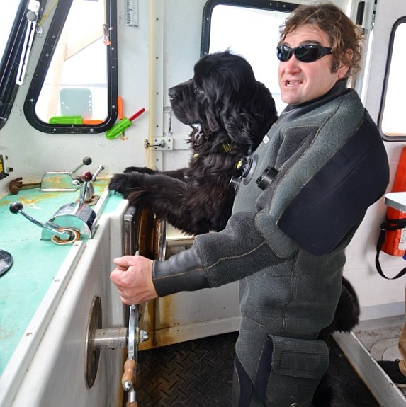 diver-ed-with-dog