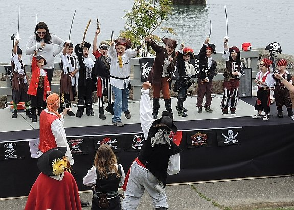 emm-pirate-story-eastport-pirate-festival-2