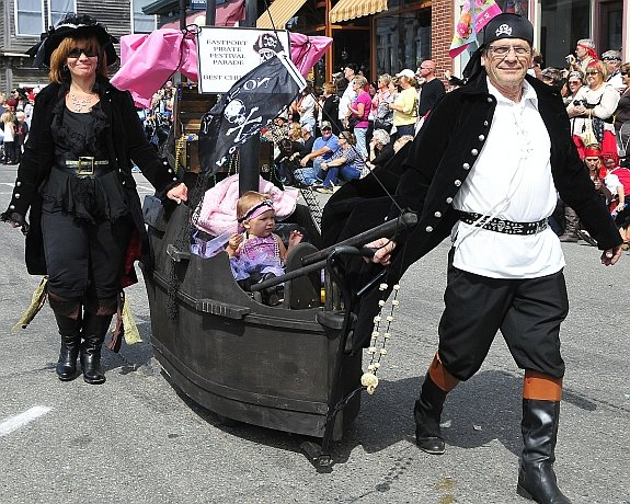 emm-pirate-story-eastport-pirate-festival